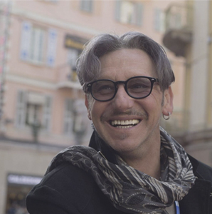Sanremo 2020: Fabrizio Venturi, insieme ai Papaboys, ricorda Giovanni Paolo II.